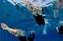 Ohrst�psel Schwimmen