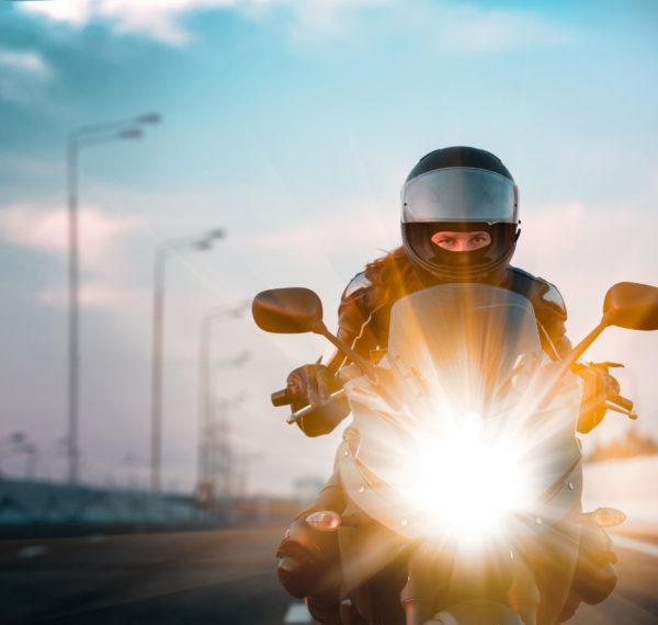 Gehörschutz beim Motorrad fahren